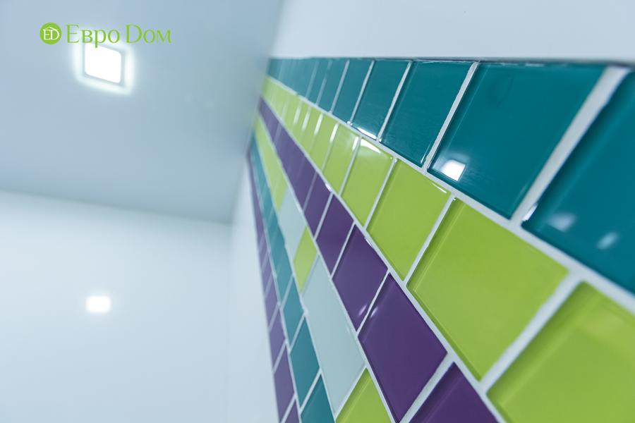 Дизайн двухкомнатной квартиры 77 кв. м в современном стиле. Фото 032