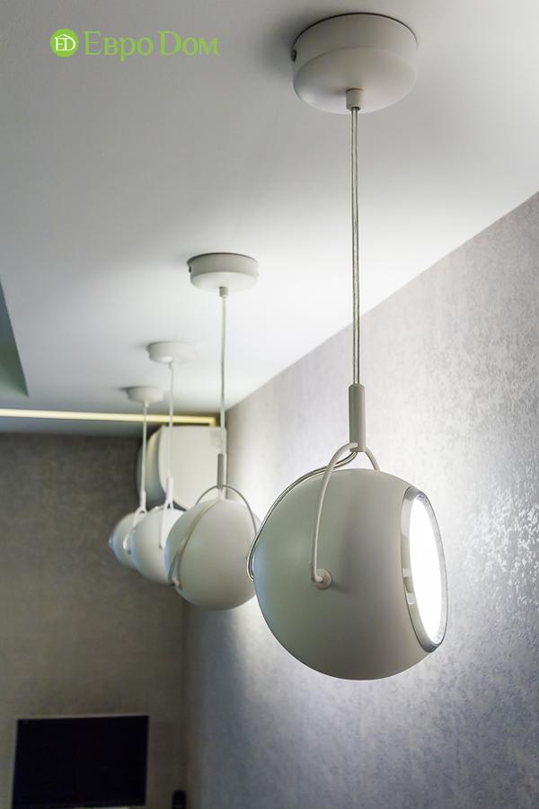 Дизайн двухкомнатной квартиры 77 кв. м в современном стиле. Фото 046