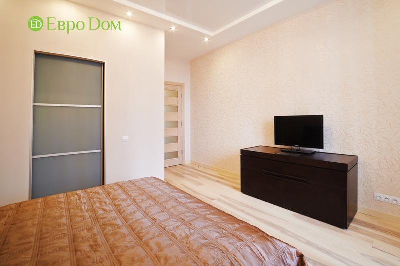 Дизайн двухкомнатной квартиры в современном стиле. Фото 07