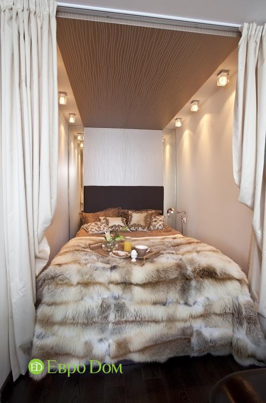 Интерьер спальни в нише