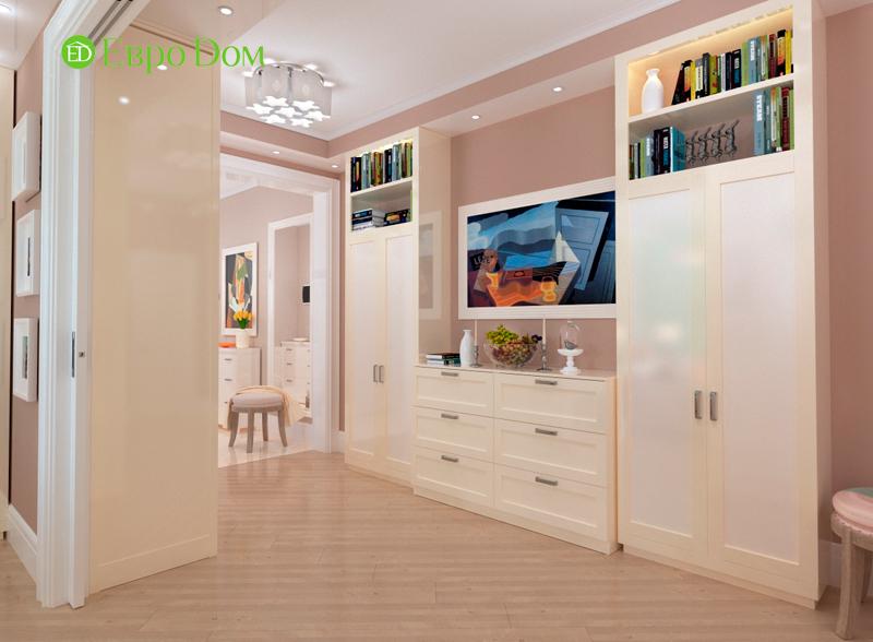 Дизайн трехкомнатной квартиры 90 кв. м в английском стиле. Фото 02