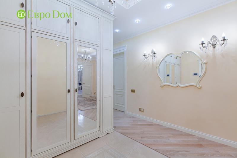 Ремонт трёхкомнатной квартиры. Интерьер в классическом стиле. Фото 05