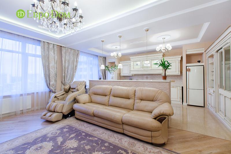 Ремонт трёхкомнатной квартиры. Интерьер в классическом стиле. Фото 019