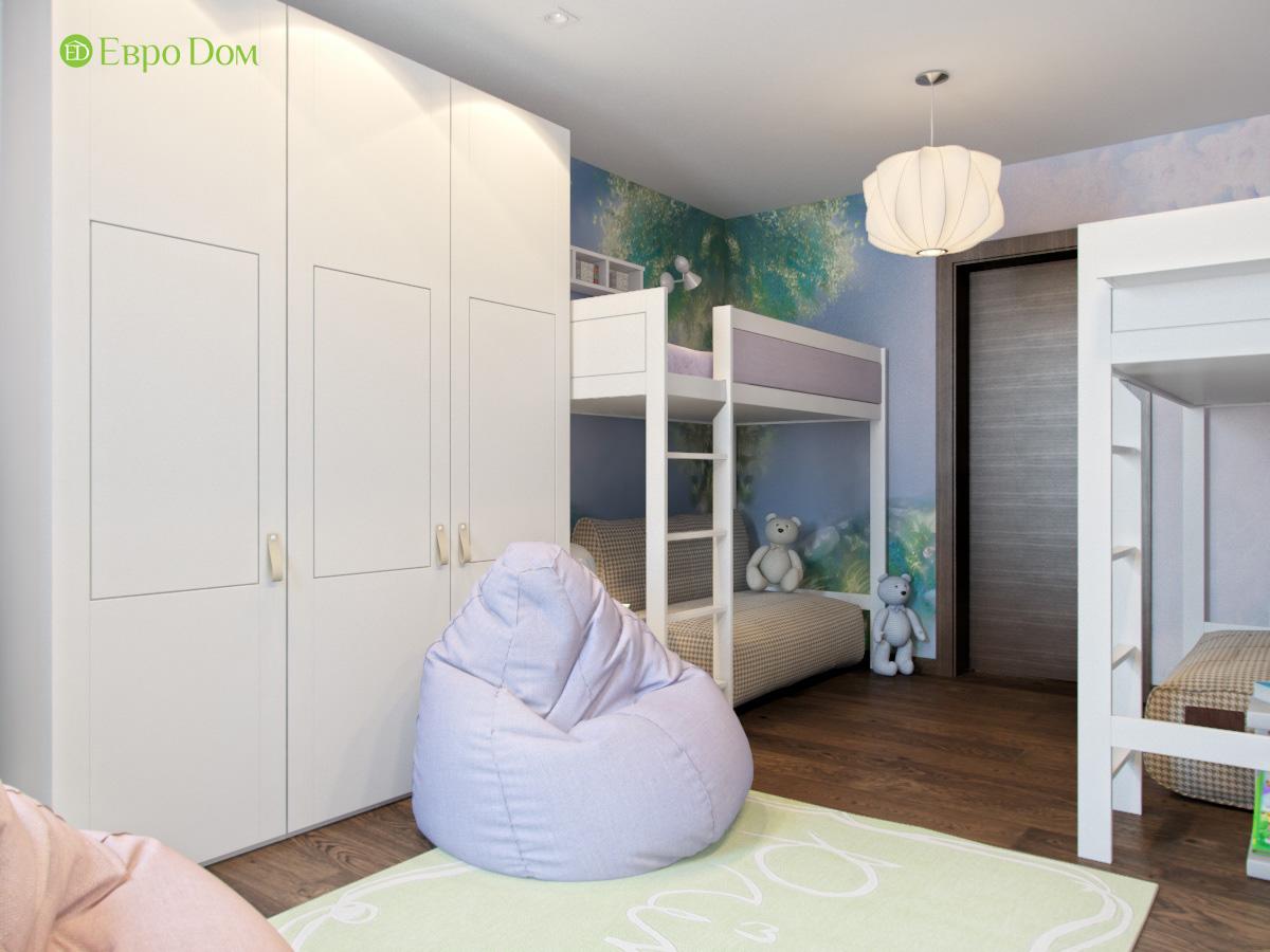 Спальные места в детской комнате для двух девочек