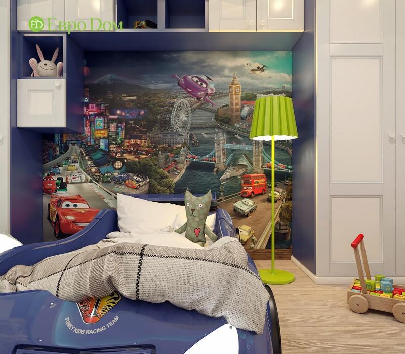 Дизайн-проект современной трехкомнатной квартиры в стиле Тиффани. Интерьер детской с яркой фреской