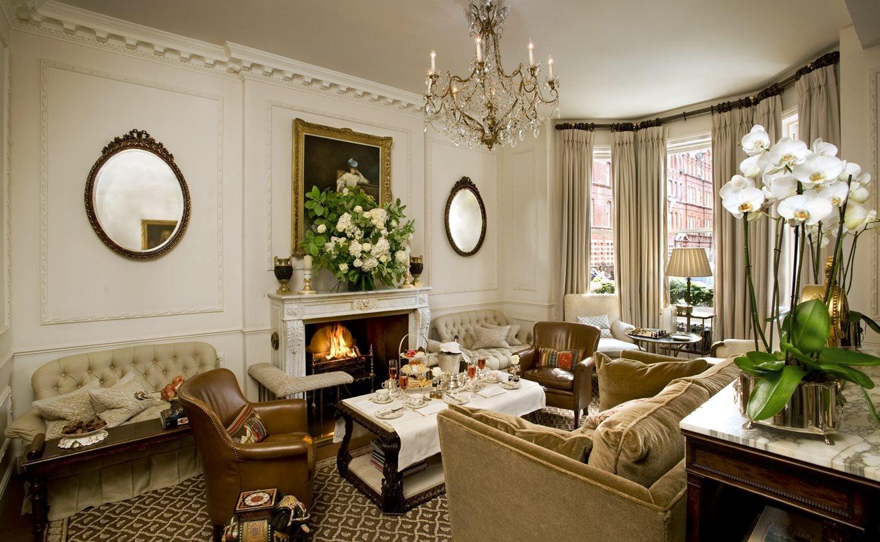 Квартира в викторианском доме с светлым интерьером