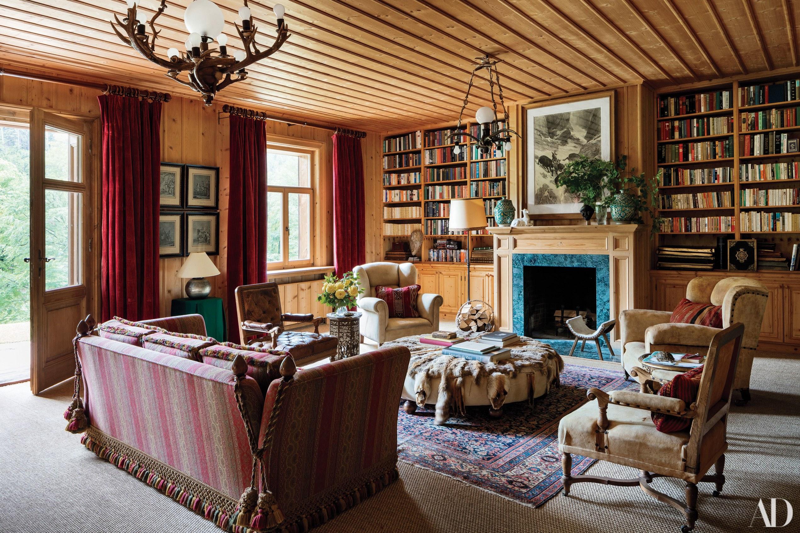 Деревенская гостиная в стиле кантри в загородном поместье фото 2019